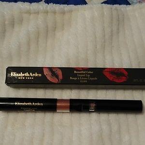 Elizabeth Arden beautiful color liquid lip.